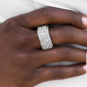 5 for $30 ~~ Paparazzi ring